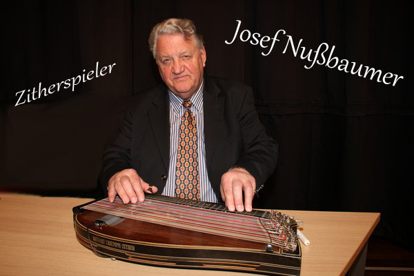 Zitherspieler Josef Nußbaumer