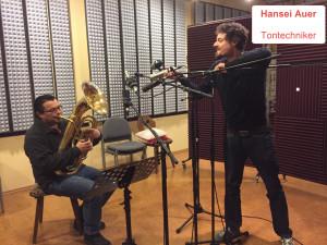 Hansei Auer Tontechniker und Musiker Sigi Posch (Bariton)