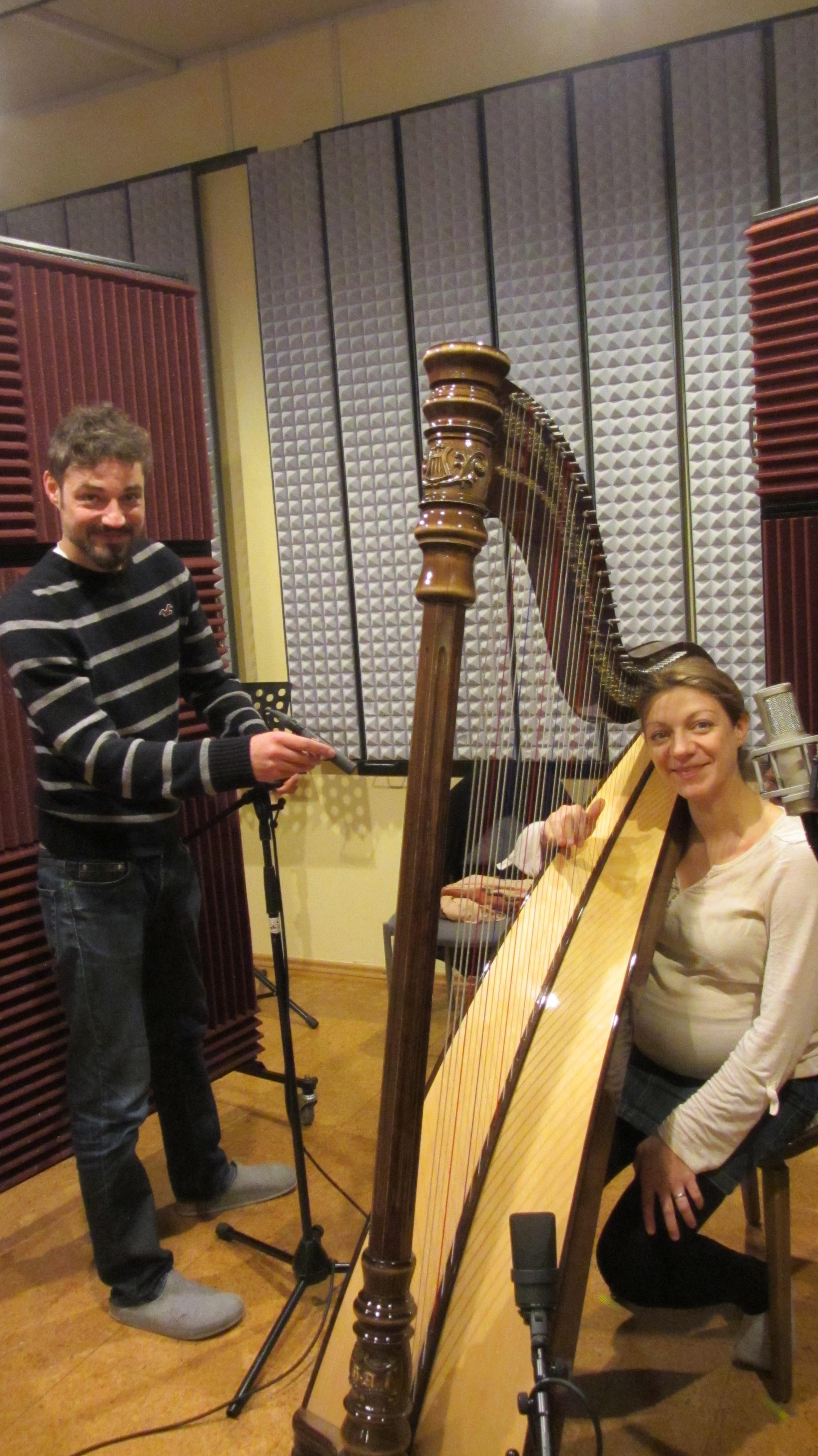 Veronika Schoosleitner (geb. Auer) mit Harfe